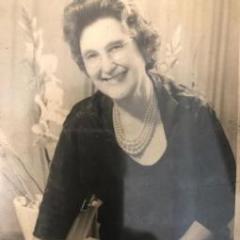 Celia Colares